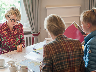 Heinemann internationale Schulberatung – gut beraten von Petra Kirschke