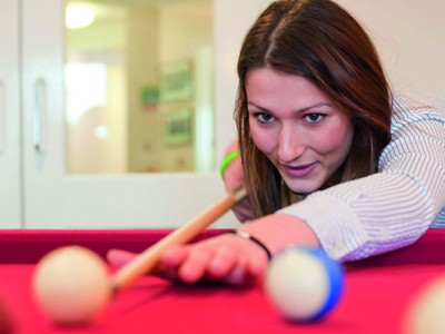 Heinemann internationale Schulberatung– Billard im Ardingly College