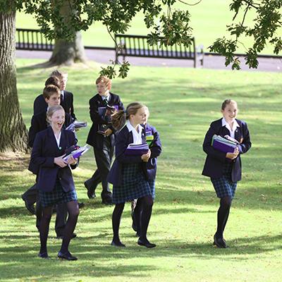 Heinemann internationale Schulberatung – Schülerinnen des Malvern College