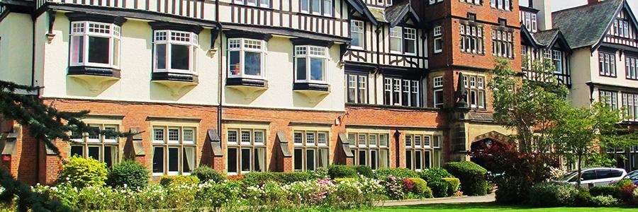 Heinemann internationale Schulberatung – Harrogate Ladies College – das Schulgebäude