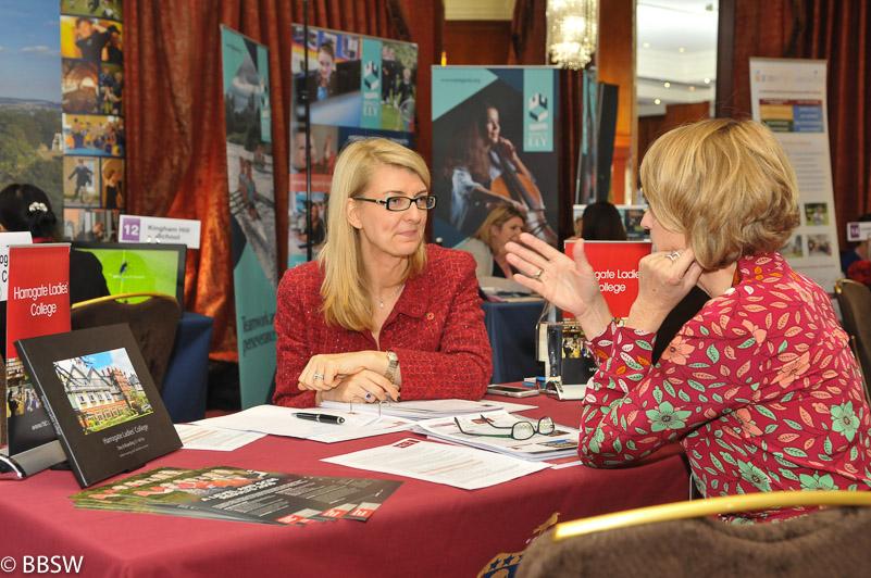 heinemann internationale Schulberatung – Beratungsgespräch mit Petra Kirschke, einfach das beste Internat in England finden